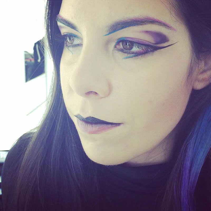 Maquillaje moda colores fríos